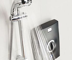 Aqualisa-Quartz-Electric-Shower